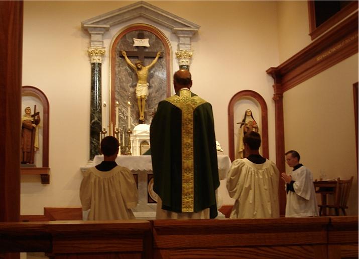 Fr_E Perrone_TraverseCity Carmelite monastery july28 20013