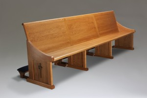 red oak pew