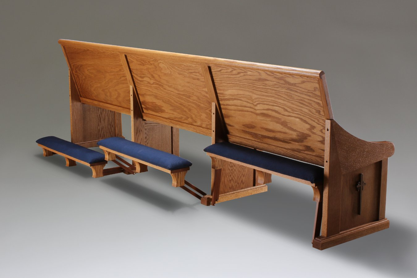 oak pew with parallel action kneelers