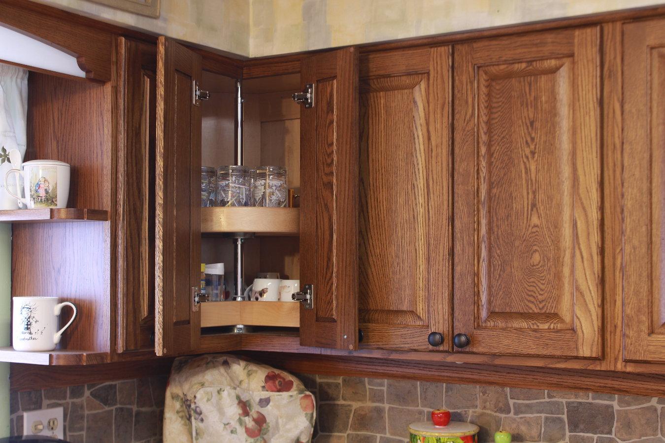 Lazy susans for kitchen cabinets lazy susan kitchen - Lazy susan kitchen cabinets ...